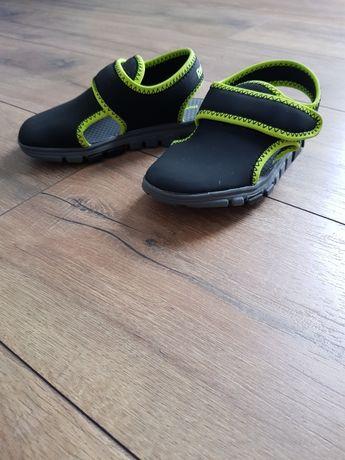 Sandałki Reebok r.26,5