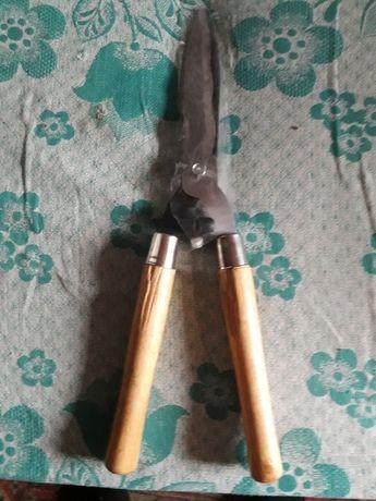 продам ножницы для кустарников