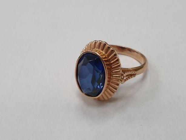 Piękny złoty pierścionek damski/ 585/ niebieskie oczko/ 7.29g/ R18