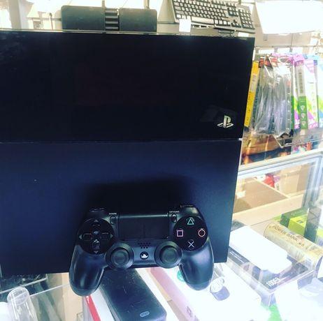 Playstation 4 Плейстейшен 4 (гарантия +игры)