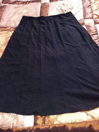 Spódnice damskie z klinów,czarna i brązowa.cena za 2szt