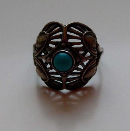 Серебряное кольцо с бирюзой хюз ссср 18-18,5 размер проба 925