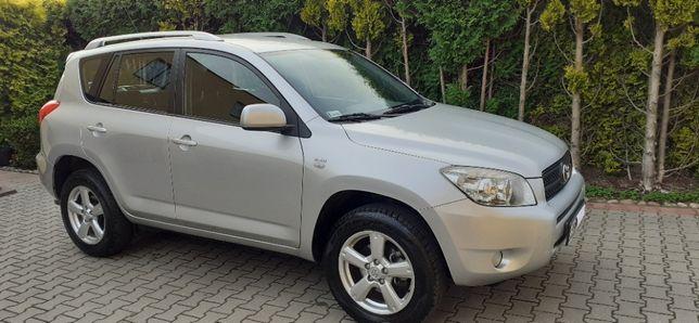 Sprzedam Toyotę Rav4 2.2 D4D Salon Polska