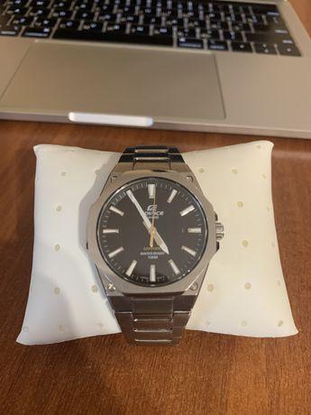 Мужские часы Casio EDIFICE EFR-S108D-1AEF