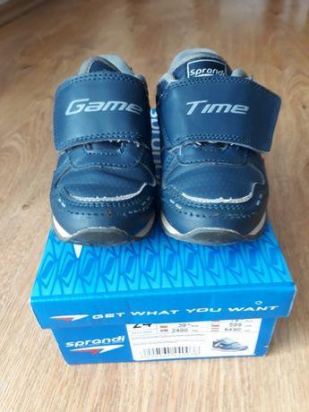 Buty dziecięce Sprandi rozm 24, używane w db stanie
