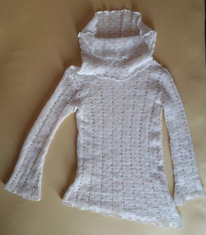Нежный воздушный свитер