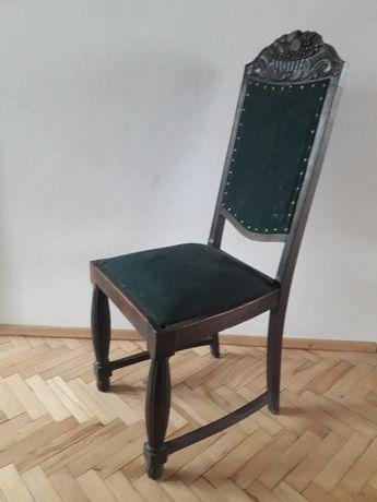 zabytkowe bogato zdobione krzeslo antyk