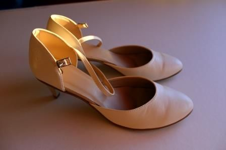 Skórzane buty ślubne ecru r. 42 polskiej firmy WITT, obcas 5 cm