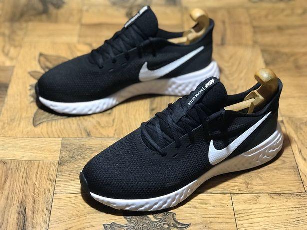 Кроссовки Nike Revolution. Размер 43(27,5 см.)