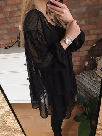 Czarna sukienka w kropki oversize plumeti
