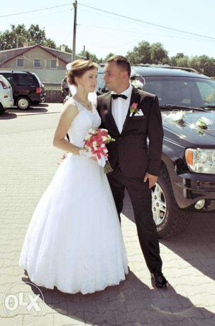 Śnieżno biała śliczna Suknia ślubna rozmiar 34 do 38 OKAZJA