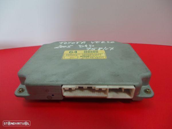 Modulo Dos Sensores De Parque Toyota Corolla Verso (Zer_, Zze12_, R1_)
