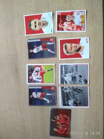 Karty naklejki z piłkarzami za darmo