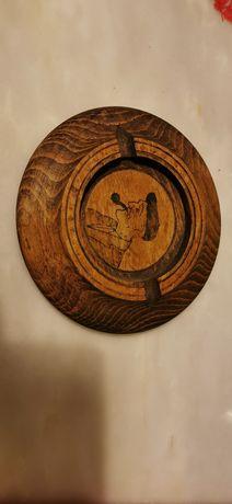 Cinzeiro de madeira com antiga pintura manual