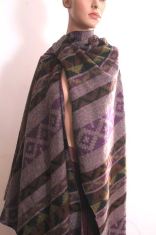 Szal, szalik jesienno zimowy, cieply i duży szal.