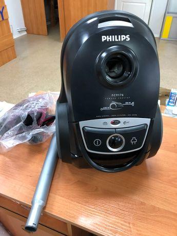 Пылесос для сухой уборки Philips Performer FC9176