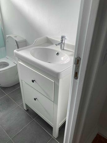 Armário de Casa de Banho de lavatório e torneira IKEA HEMNES/RATTVIKEN