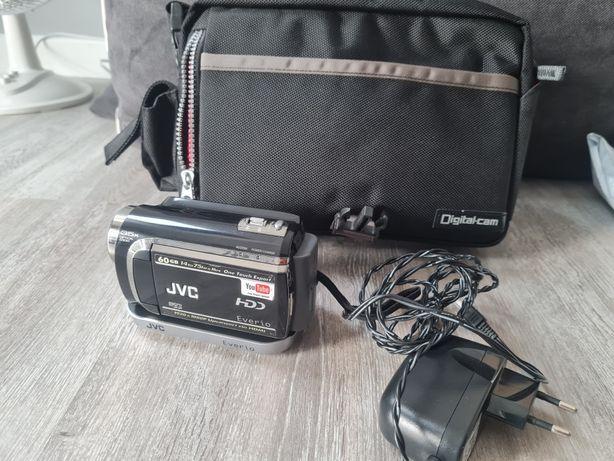 Kamera JVC Everio 60GB ze stacją dokującą jak nowa