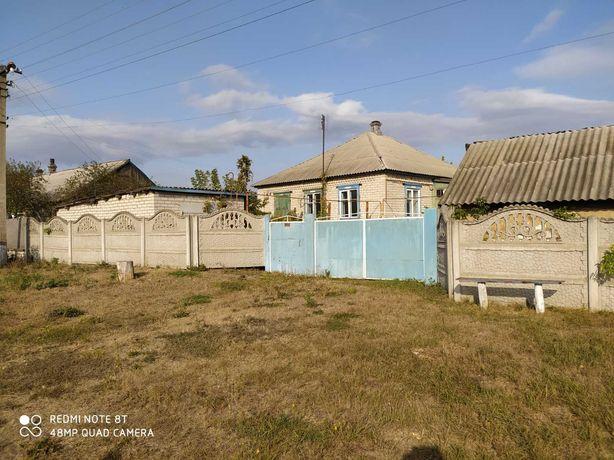 Продам дом в с.Новоникольск