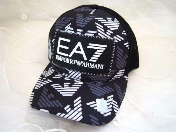 EA7 czapka z daszkiem Armani bejsbolówka truckerka hologram