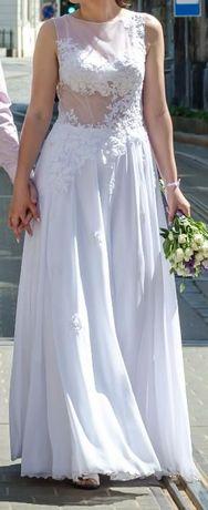Свадебное платье с прозрачным верхом.