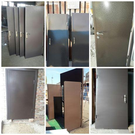 Двері металеві,технічні,в під'їзд,в підвал