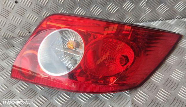 Farolim Tras Direito Renault Megane Ii Coupé-Cabriolet (Em0/1_)