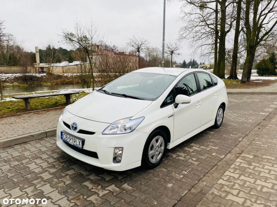 Toyota Prius Toyota Prius 1.8 Hybrid, Biała Perła, Super stan, Mały przebieg, Bydgoszcz - image 1