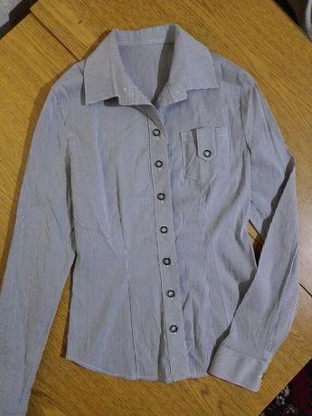 Рубашка женская р.38 стрейч