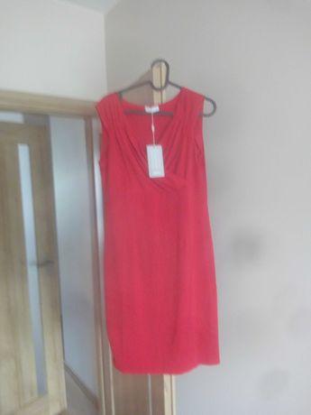 czerwona sukieneka