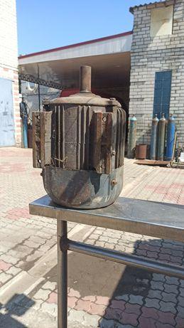 Электродвигатель 5.5 кВт 960 об/ мин