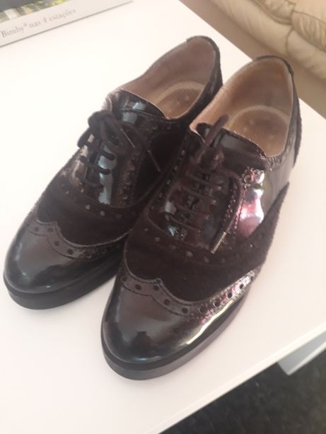 Sapatos de senhora pele