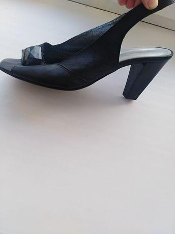 Взуття маломірки
