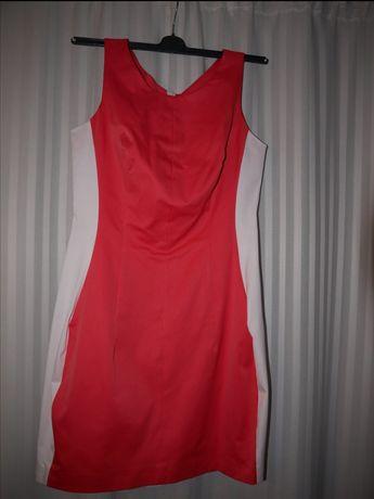 Sukienka biało czerwona