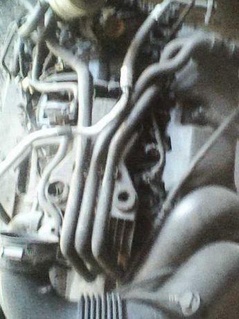 Silnik Renault 2,2
