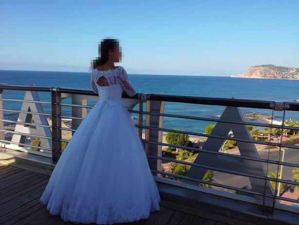Продам безумно красивое свадебное платье