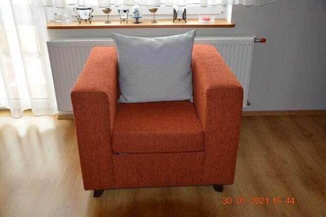 Sprzedam fotel mało używany