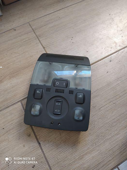 Audi a3 8p lampka podsufitki czarna s line szyberdach  diody soul 8E0 Tuchlino - image 1
