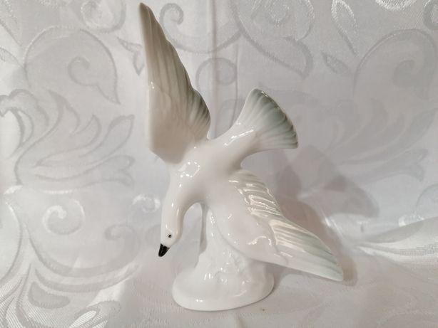 Piękna niemiecka sygnowana porcelanowa figurka mewa polecam