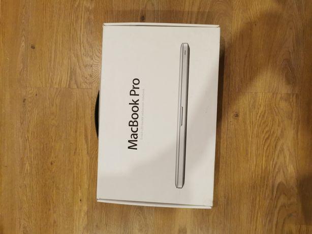 MacBook pro i7 8gbRAM