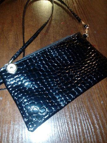 Продам красивую сумочку