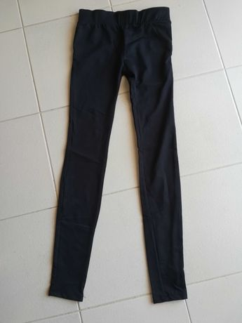 Calça de lycra da marca bershka, tamanho S