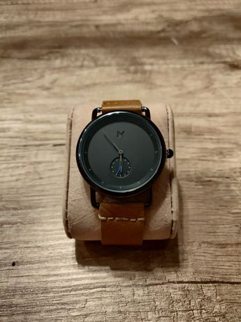 Zegarek klasyczny, piękny, skórzany pasek nowy