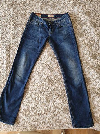 Spodnie jeansy Cross rozmiar 27