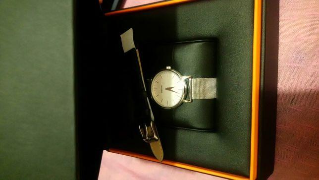 Zegarek damski Doxa