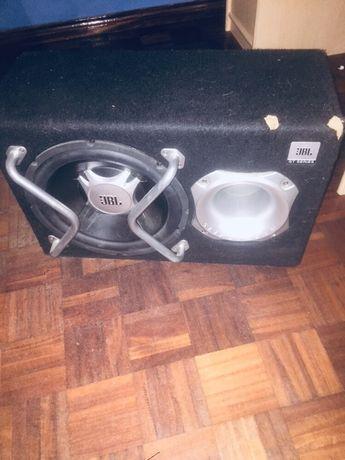 Vendo subwoofer JBL Gt SERIE com amplificador