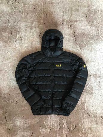 Микропуховик  куртка анорак  Jack Wolfskin Adidas Nike
