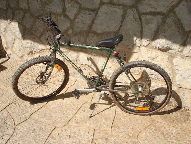 Bicicleta BTT Shimano para peças