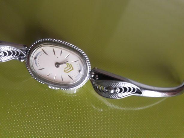 Часы на запас.части,продам