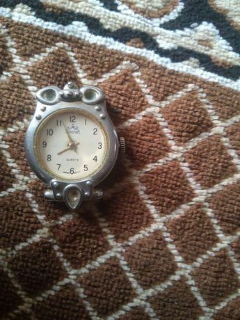 Часы..